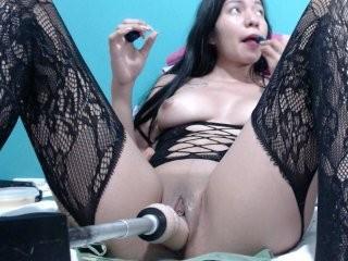 rockerlover69 show live sex via webcam