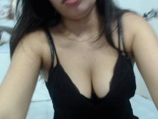 lindasex24 the most beautiful brunette live on sex cam