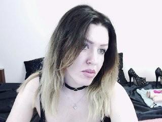 golldanngel show live sex via webcam