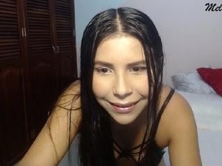 melodytafur show live sex via webcam