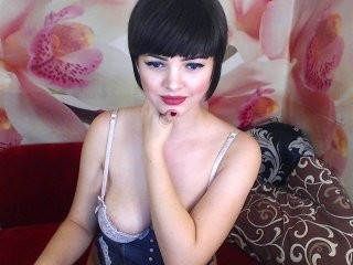 xoralamoralx young cam girl slut that gives the sloppiest blowjobs live on sex cam
