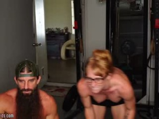 twaticus mature cam girl couple doing everything you ask them in a sex chat