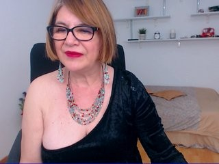 wifeanna redhead mature cam girl being naughty and seductive on a live webcam