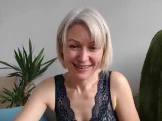 jasmin18v mature live sex via webcam