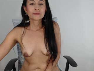 donna-cherry the most beautiful brunette live on sex cam
