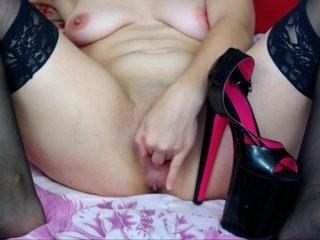 lashanta the most beautiful brunette live on sex cam