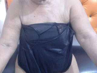supermilf39 show live sex via webcam