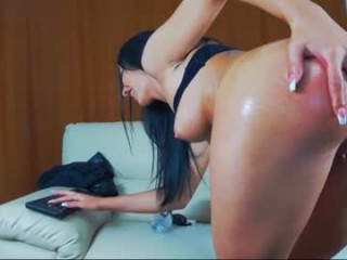 evelyngrayx bisexual young cam girl fucking boys and girls live on sex camera