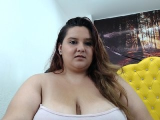 mariamspretty pretty young cam girl slut doing all the hottest things on XXX cam