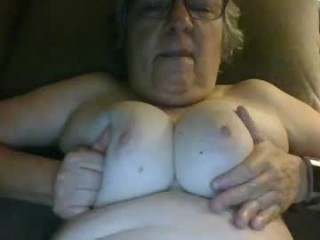 mps60 doing it solo, pleasuring her little pussy live on webcam
