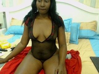 kellyallen the hottest ebony slut masturbating live on cam