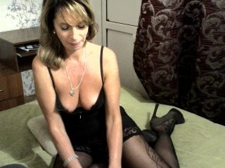yourblonde blonde and her wet little pussy, live on webcam