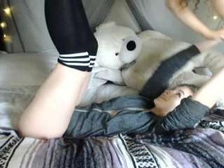 shycloudfractals English teen enjoys masturbating for you, live on a webcam