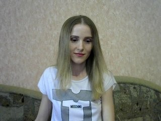 viktorial0ve show live sex via webcam