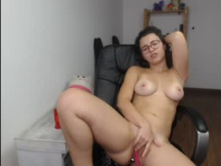 sexysea420 young cam girl doing it solo, pleasuring her little pussy live on webcam