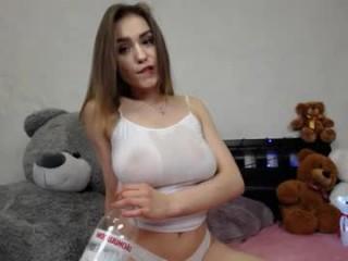 bellaone show live sex via webcam
