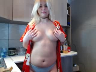 sexyalice1997 with the ability to squirt in front of an audience live