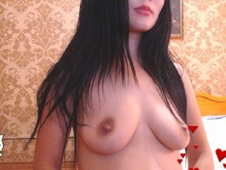 ariannacat1 the most beautiful brunette young cam girl live on sex cam