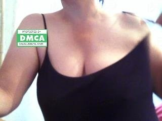sexynila the most beautiful brunette live on sex cam