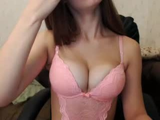 belka22 minx with an incredibly wet pussy seducing on camera