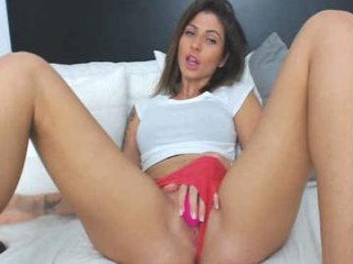sweetndcrazy playful doing all the naughtiest things on XXX cam