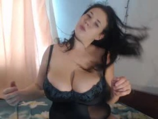 hugge_tits BBW milf cam girl teasing her pussy live on sex cam