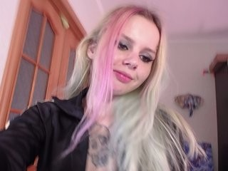 sweetladana blonde and her wet little pussy, live on webcam