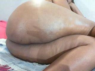 naughtymilf69 MILF cam girl broadcasts live sex via webcam