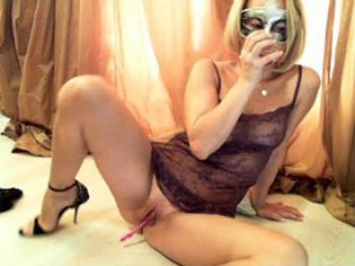 sexyyceline virtual sex with a horny, completely hot milf cam girl