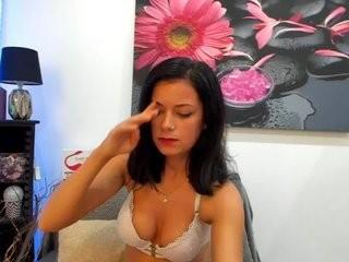 cynthiacute show live sex via webcam