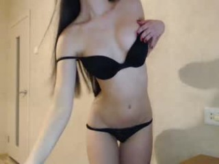 ohhhsophi young cam girl doing the sexiest things in her private chat room