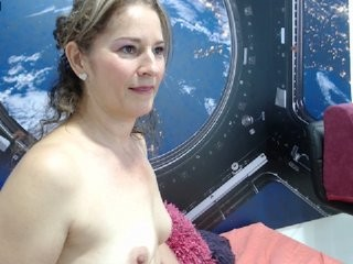 dallmar1 blonde mature cam girl and her wet little pussy, live on webcam