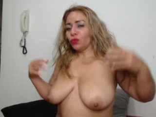mature_fantasy_ mature cam girl slut that gives the sloppiest blowjobs live on sex cam