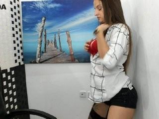 misskatashy show live sex via webcam