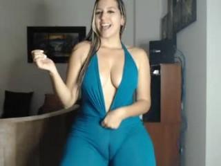 carol_owen1 BBW teasing her pussy live on sex cam