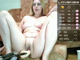 svetik83 redhead being naughty and seductive on a live webcam