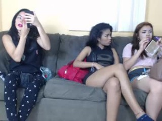 best_friends_team playful doing all the naughtiest things on XXX cam