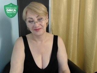tashyncik mature cam girl doing it solo, pleasuring her little pussy live on webcam