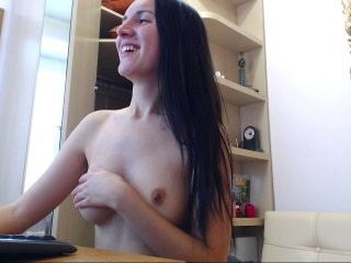 evakeksik the most beautiful brunette young cam girl live on sex cam