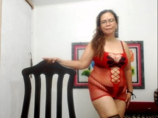 smileymorena blonde mature cam girl and her wet little pussy, live on webcam