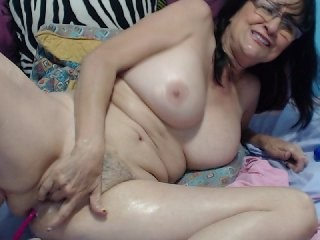 cindycraw bisexual fucking boys and girls live on sex camera