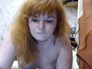 amurka21 redhead being naughty and seductive on a live webcam