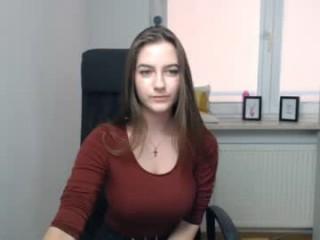 jenni_l doing it solo, pleasuring her little pussy live on webcam