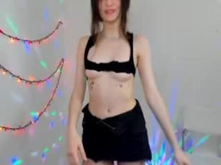 alisacoy__ young girl who like to show live sex via webcam