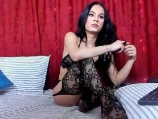 bambi-zaheera bisexual young cam girl fucking boys and girls live on sex camera