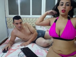hoterotico69 couple doing everything you ask them in a sex chat