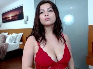 ashleyfox11 young girl who like to show live sex via webcam