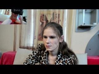nyushaclark young cam girl doing it solo, pleasuring her little pussy live on webcam