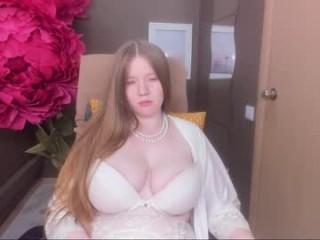 alisunn bisexual young cam girl fucking boys and girls live on sex camera