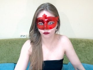 valerikaprima show live sex via webcam